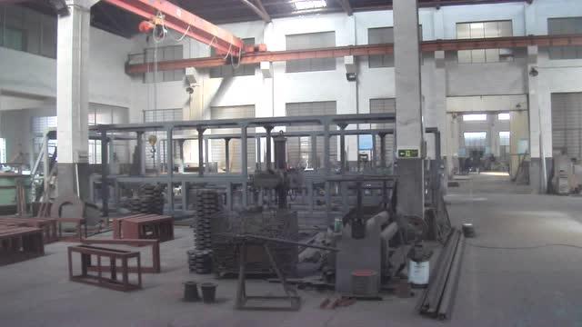 大型揉捻机组机架制造车间