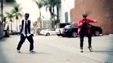 致敬MJ! 机械舞控制大师联手好友街头齐舞