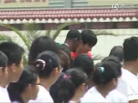 视频:刘翔携手奥利弗为智障儿童圆梦
