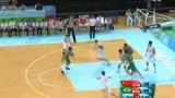 视频:篮下争夺中国队霸气抢板 快攻兄弟配合