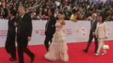 视频:金鸡百花电影节 明星走红毯仪式