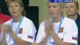 视频:俄罗斯选手惊人同步 三跳过后暂列第一