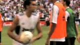 视频:瓦拉内追寻前辈足迹 一球进入球队历史