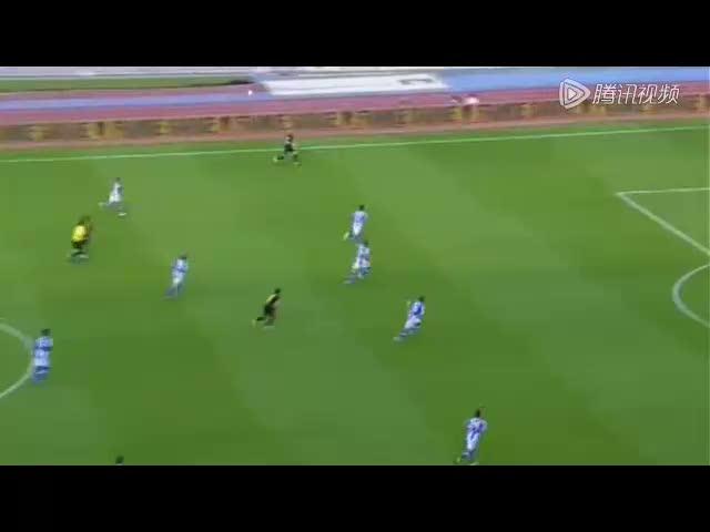进球视频:巴萨绝妙配合 小法禁区铲射得手