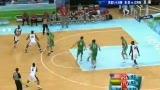 视频:美国球员惊人弹跳 空中接力补篮命中
