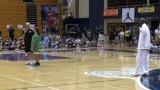 视频:张卫平篮球训练营 现场有奖竞猜