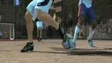 视频:梅西代言足球游戏出炉 魔术脚法随处见