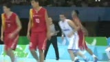 视频:中国打对手立足未稳 底线长传直接得分