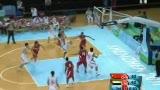 视频:神来之笔 中国队顾全醉八仙式投篮得手