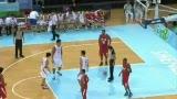 视频:中国盖帽9比2领先 顾全抢前场篮板得分