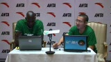 视频:加内特做客微访谈 亲敲键盘答谢球迷