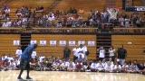 视频:张卫平篮球训练营 乔丹轻松投篮