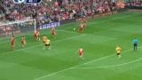 进球视频:弗莱彻抢点推射 视红军后防如无物