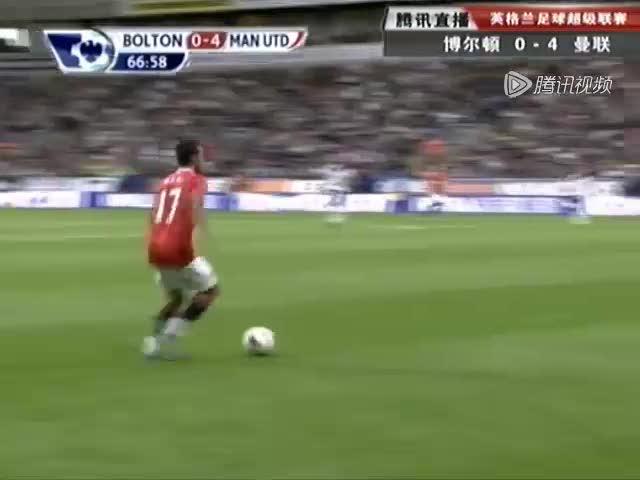 视频:鲁尼远射戴帽 本赛季英超四轮狂轰八球