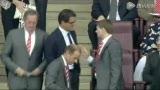 视频:卡佩罗亲临酋长球场 杰拉德竟反客为主