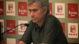 穆里尼奥:是男人 踢球就不该一碰就倒(视频)