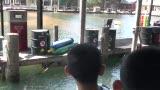 视频:张卫平篮球训练营 体验白鲨近在眼前