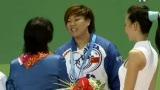 视频:大运会女子举重57公斤颁奖仪式
