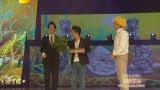 视频:2012湖南卫视春晚《落叶归根》