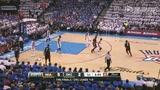 视频:总决赛Ⅱ 韦德犀利突破单臂滑翔劈扣