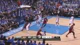 视频:总决赛Ⅰ 查莫斯转身摆脱哈登单手挑篮