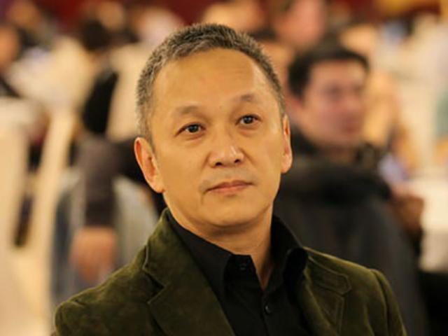 荣耀路:李小龙曾为陈德森颁奖 陈德森忆演艺路:以电视剧童星身份出道截图