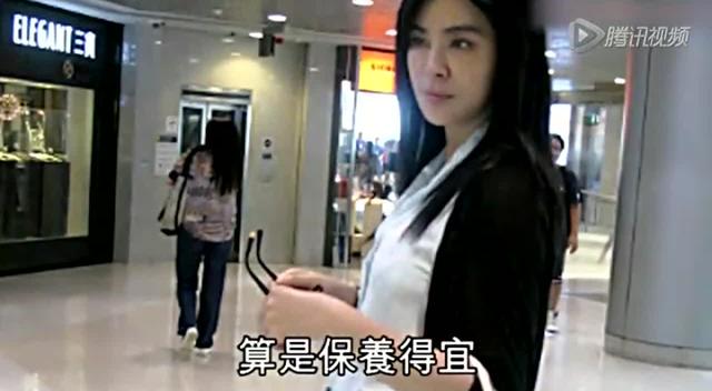 47岁王祖贤最新生活照曝光