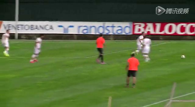实拍尤文球队热身训练赛 莫拉塔复出表现抢眼截图