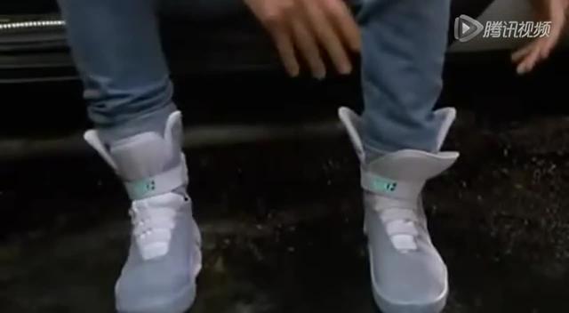 耐克自动系鞋带运动鞋明年问世 未来或能普及