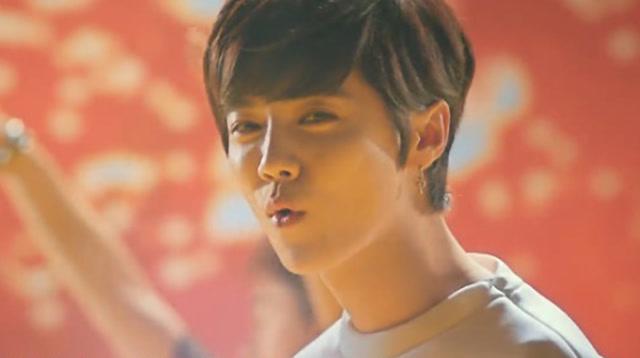 鹿晗献唱《功夫熊猫3》官方推广曲MV《海底》截图