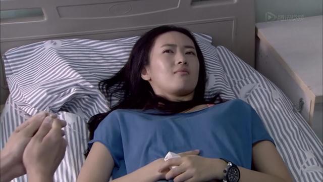 视频:《新闺蜜时代》片花之童瑶被求婚截图