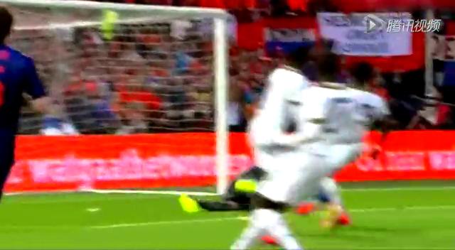 全场集锦:热身赛荷兰1-0小胜加纳 范佩西破门截图