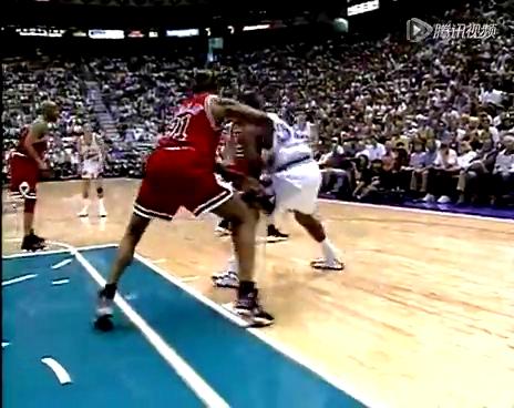 1998年NBA总决赛 乔丹世纪一投收获总冠军截图