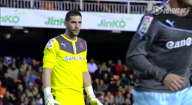 全场集锦:瓦伦西亚2-2西班牙人 阿尔卡塞尔破门截图