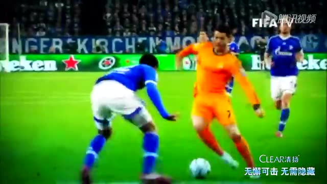 C罗强势蝉联2014FIFA金球奖 击败梅西诺伊尔截图