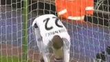 进球视频:蓝军门将乌龙助攻 谢尔维远射空门