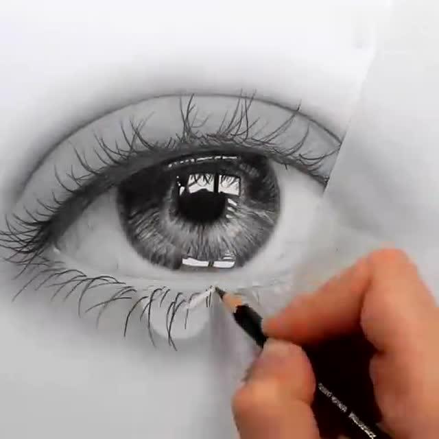 艺术家emmykalia的素描作品,一滴眼泪竟然如此逼真!