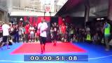 罗斯接连戏耍三名日本球手,有一名因不服怒捶篮球架头像