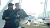 《敢死队2》发豪华阵容版特辑 老将带新人组12罗汉