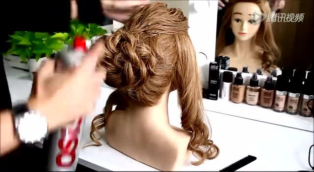新娘盘发扎头发编发教程视频