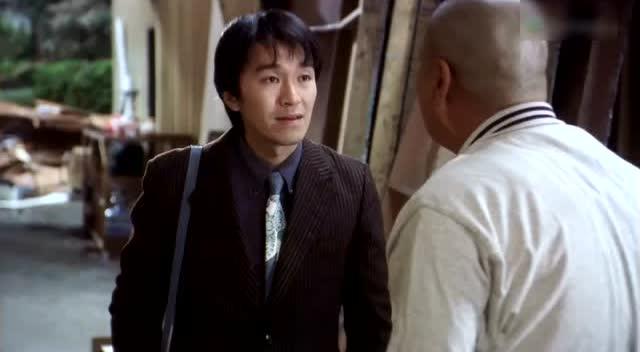 星爷唯一一次在成龙电影中客串 40秒尽显喜剧之王风采