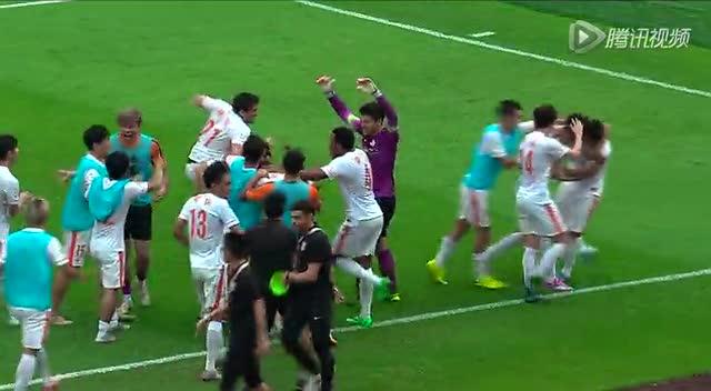 【进球】鲁能拒绝再做垫脚石!韩鹏门前争议读秒扳平截图