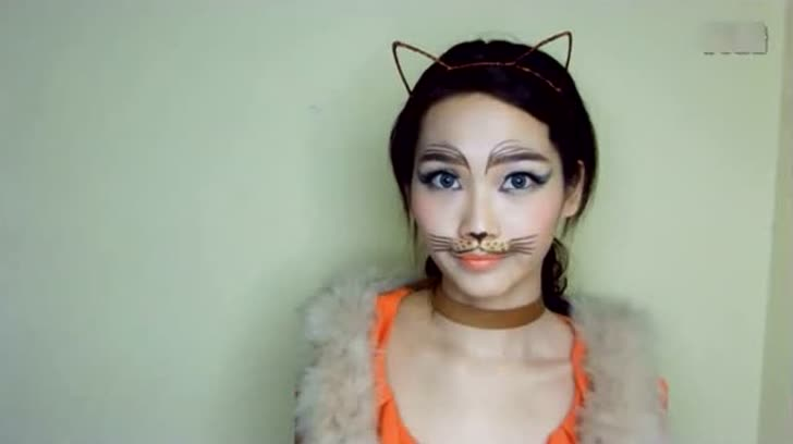万圣节妆容 猫咪妆 小野猫妆 猫眼妆和小猫一样的哦