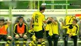 胡梅尔斯下场告别八年黄黑生涯 队长袖标交予罗伊斯