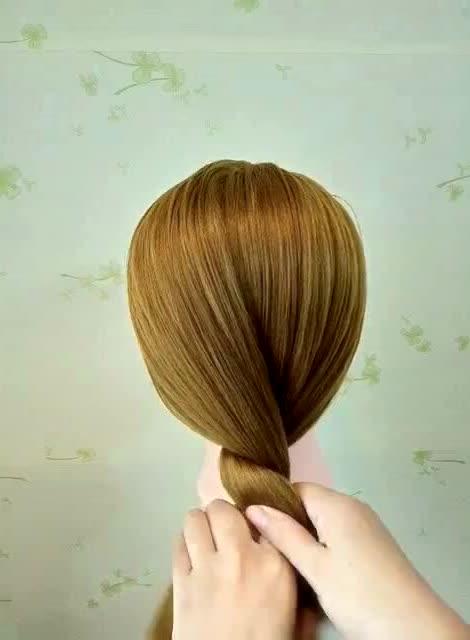 花苞丸子头发型的扎法,撩汉必备!图片