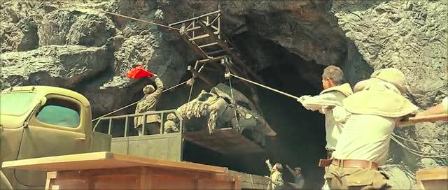 冯粒 《鬼吹灯之九层妖塔》预告片