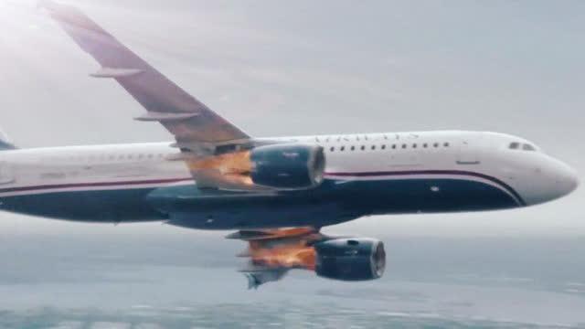 客机引擎发生故障,飞入城市繁华区撞击高楼