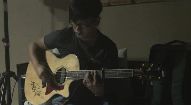 天空之城 木吉他 指弹