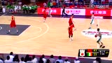 视频:李慕豪跳步强突篮下 华丽转身低手上篮