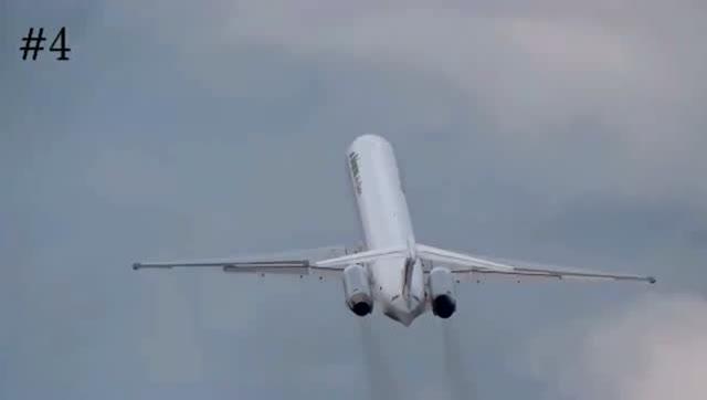 超危险的客机垂直爬升,真是只要发动机厉害板砖都能飞